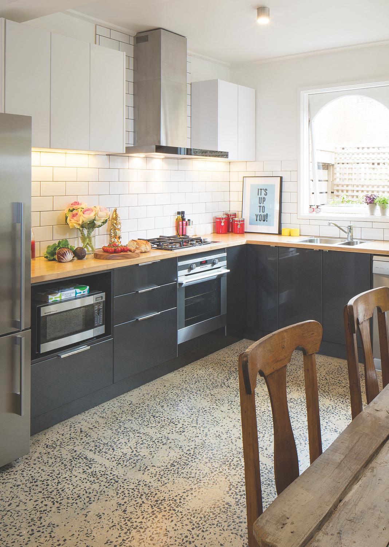 Advantages Of An L-Shaped Kitchen | kaboodle kitchen